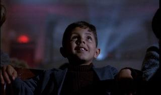 La Spagna riapre le sale con Nuovo Cinema Paradiso, film perfetto per il ritorno del grande schermo