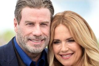 Kelly Preston e il silenzio sul cancro, John Travolta aveva perso un'ex compagna per lo stesso male