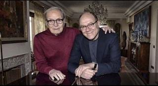 """Carlo Verdone ricorda Ennio Morricone: """"Gli vorrò sempre bene, ha dato poesia ai miei primi film"""""""