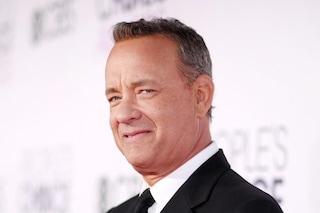Tom Hanks torna in Australia dopo il Coronavirus, riparte il set del film su Elvis Presley