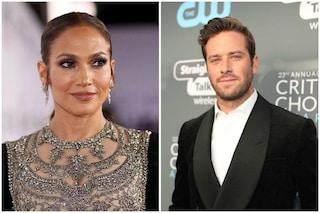 """JLo e Armie Hammer sono protagonisti di """"Shotgun Wedding"""", il nuovo film di Ryan Reynolds"""