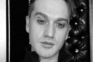 Morto Eddie Hassell a 30 anni, l'attore è stato ucciso in una sparatoria