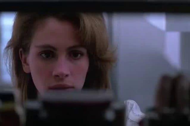 Julia Roberts nel film A letto con il nemico