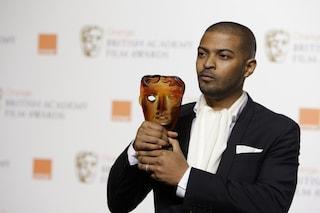 Noel Clarke di Doctor Who accusato da 20 donne di violenza sessuale e bullismo, ritirato il BAFTA