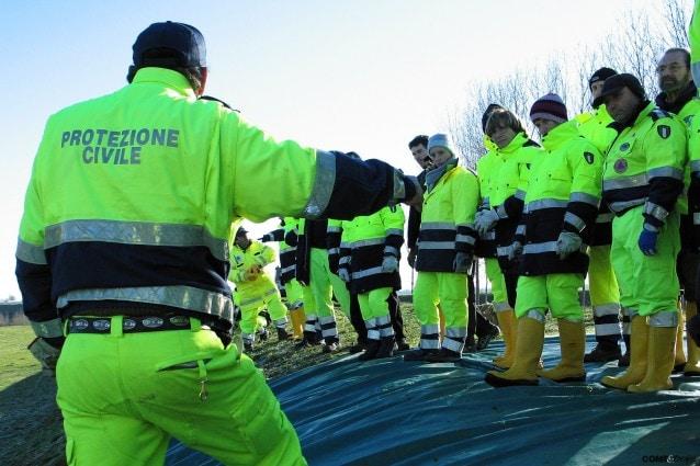 volontari protezione civile sono pagati stipendio indennità