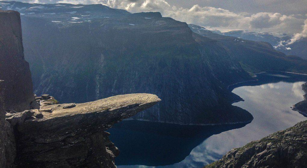 Trolltunga cliff, Norvegia – Foto: Norway visit
