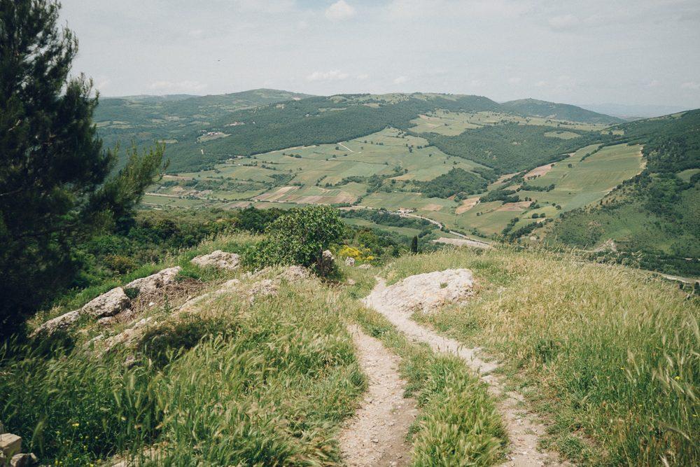Vista panoramica dal centro di Bovino   Photo: Vince Cammarata
