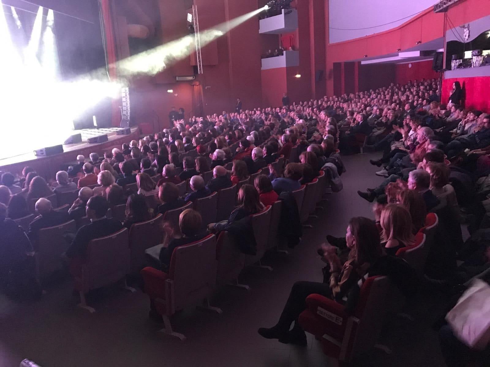 La platea del Teatro Lendi