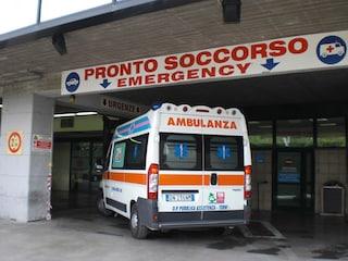 Roma, incidente a Torrevecchia: un furgone investe un 75enne. È gravissimo