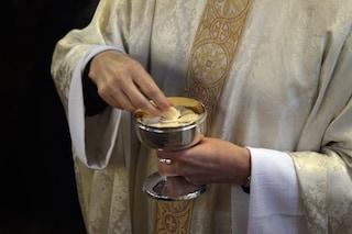Sacerdote della chiesa Gesù Maestro di Fonte Nuova positivo al coronavirus: messe sospese