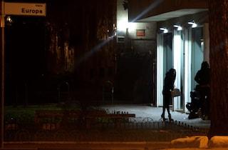 Prostituta spruzza spray urticante nelle parti intime di una 26enne che la prende a bottigliate