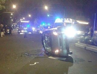 Incidente stradale a Pavona, Smart sbanda e si ribalta: grave l'automobilista