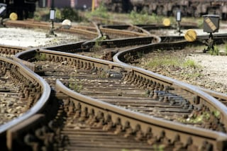 Treni in ritardo sulla Roma-Cassino: ragazza ferita da convoglio alla stazione di Sgurgola