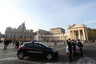 Roma, tenta di entrare con un drone in Vaticano: allontanato