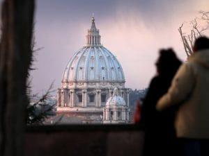 Vista del cupolone di San Pietro, Roma.