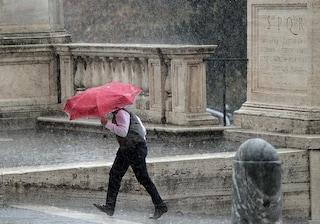 Meteo Roma, weekend 23-24 novembre: pioggia e nubifragi
