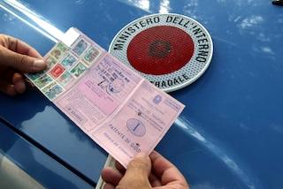 Esame della patente di guida: candidato non si sente pronto e manda il cugino