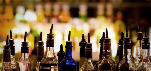 Non rispetta le norme anti Covid-19: la polizia chiude un bar a Roma