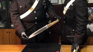 Aggredisce la ex, lei si difende e lo ferisce con un coltello da cucina: 39enne arrestato a Roma