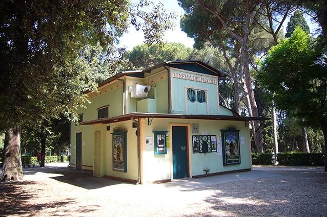 Esterno del Cinema dei piccoli (Wikipedia).