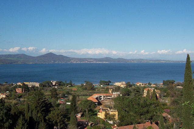 Panorama del Lago di Bracciano