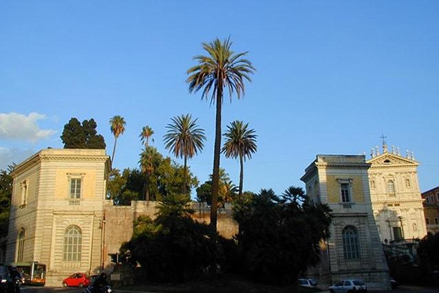 Esterno di Villa Aldobrandini, Roma (WIkipedia).