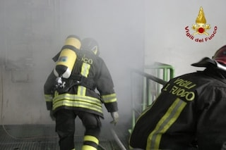 Incendio a Nettuno, fiamme in un appartamento: uomo morto carbonizzato
