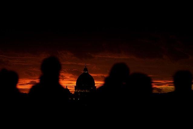 Tramonto sulla Cupola di San Pietro, Roma (Getty).