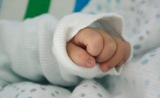 Civitavecchia, neonato morto all'ospedale San Paolo: nove indagati per omicidio colposo