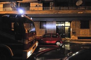 Roma, incendio in un appartamento di via Gallia: salva la padrona di casa, morti i suoi due gatti