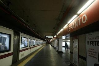 Metro di Roma, incidente alla fermata Lepanto: morta la donna incastrata tra banchina e rotaie