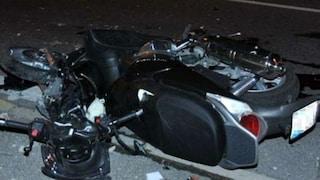 Tragico incidente sul Raccordo Anulare: scontro tra auto e moto, morti due ventenni