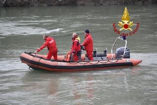 Cadavere a Fiumicino: galleggiava sul Tevere, recuperato dai vigili del fuoco