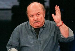 Lino Banfi dona 270 chili di orecchiette e 500 vasetti di sugo ai poveri di Roma