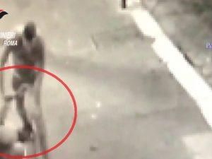 Il clochard picchiato e ucciso a piazza Venezia a settembre 2017