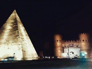 Nuove luci notturne per i monumenti di roma dal palatino alla