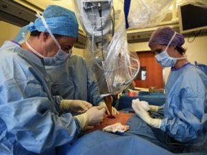 Un'operazione chirurgica – foto di repertorio