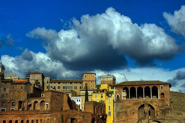 Previsioni meteo Roma 1 settembre: ancora sole, nel weekend pioggia e temporali