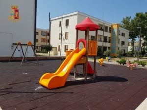 Le giostre del parco giochi di Primavalle