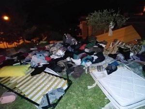 L'appartamento devastato a Sambuci