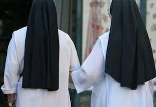 Ladri tentano di rubare in un convento: suora li mette in fuga e ne fa arrestare uno
