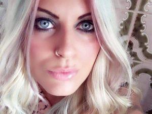 Regina, 28 anni, costretta a prostituirsi dai vicini di casa