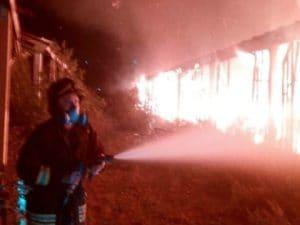 Vigili del fuoco in azione questa notte a Santa Marinella