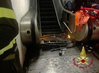 """Metro Repubblica, scala mobile crollata rimossa: """"Bisogna verificare ciò che è accaduto sotto"""""""