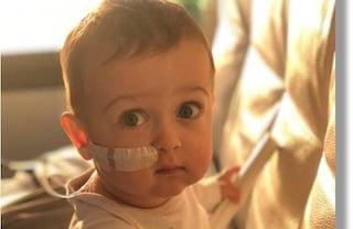 Alex, affetto da grave malattia genetica, verrà trasferito all'ospedale Bambino Gesù di Roma