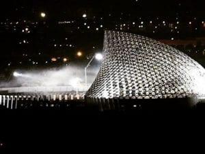 La Vela di Calatrava illuminata per la realizzazione di alcune scene di un film diretto da Michael Bay