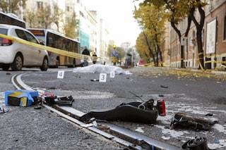Roma, ciclista travolto e ucciso da un pullman in centro