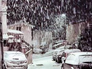 Rocca Priora, abbondante nevicata all'alba di oggi – foto Facebook Pagina Meteo neve Roma e Castelli
