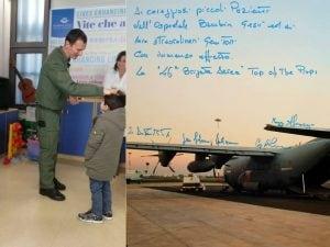 La visita dei piloti ai piccoli pazienti dell'Ospedale Bambino Gesù