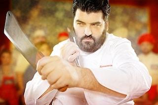 Cannavacciuolo avvistato a Marino, lo chef stellato porta 'Cucine da Incubo' ai Castelli Romani